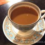 砂糖とミルク入りコーヒー