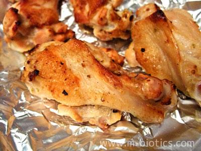 秋川牧園の「若鶏手羽元ゆずこしょう焼き」は安全で美味しい【無投薬・無添加】