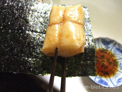 磯辺巻き(餅に醤油をつけて海苔で巻く)が美味しい季節