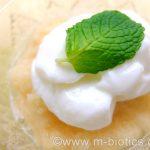 すりおろしりんごヨーグルトが美味しい~甘さ激増。スジっぽいりんごもフワフワに。歯が良くなくても食べられる