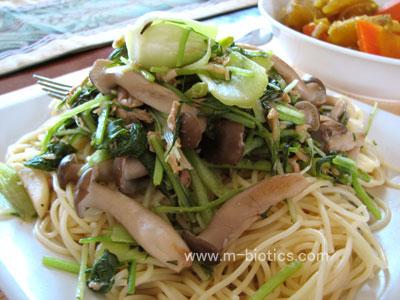 チンゲンサイとツナの和風醤油パスタ マクロビオティック料理