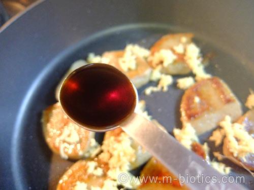 黒はんぺん 生姜醤油炒め レシピ